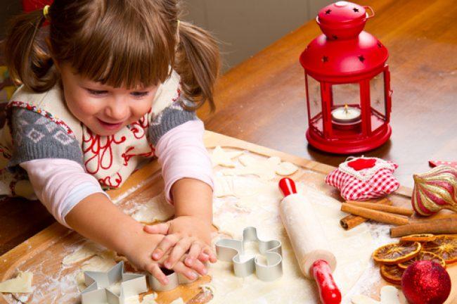 Biscotti Di Natale X Bambini.Preparare I Biscotti Di Natale Per Bambini Dai Due Anni In Su