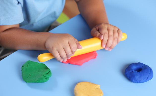 Molto Lavoretti per bambini: 3 idee creative per il tuo bambino dai 3 anni UW73
